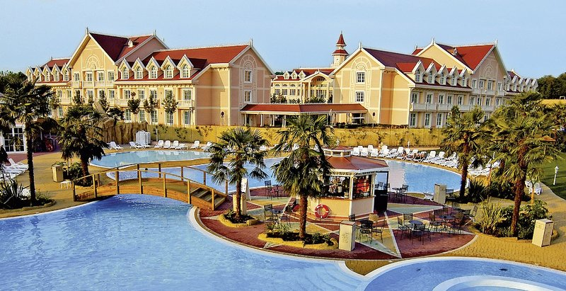gardaland hotel resort_triptodream