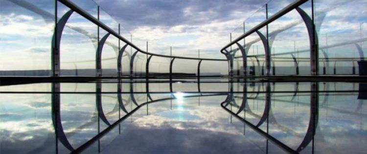 Стеклянный мост в Китае: Путешествие по «воздушной тропе»