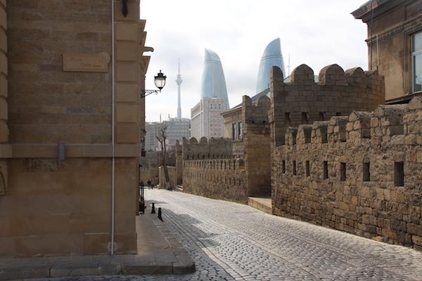 Baku-tour-na-vihodnie