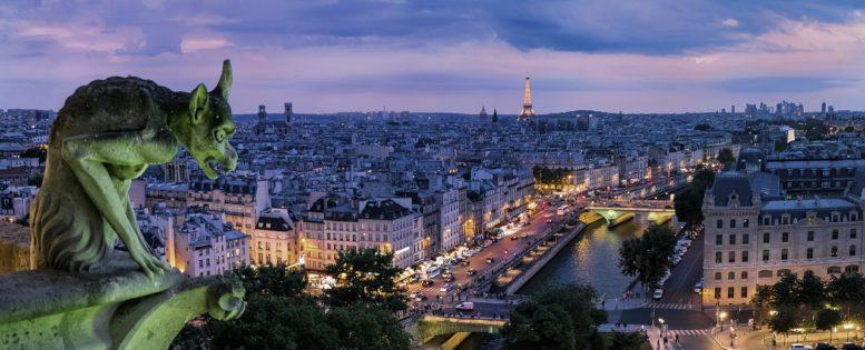 Прямые рейсы в Париж 12 200 рублей