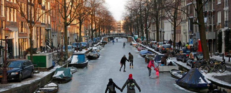 В Амстердам на Новый год 11 500 рублей