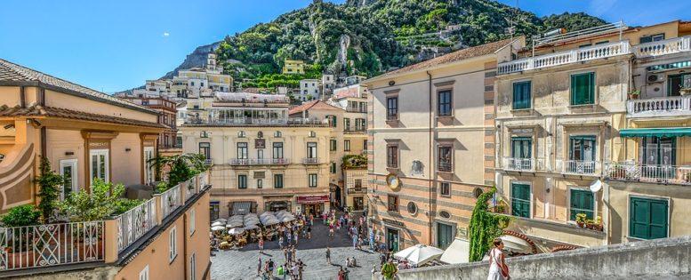 В Неаполь летом 10 900 рублей