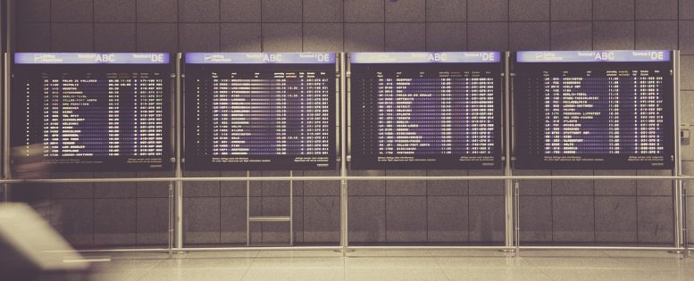 Отмена рейсов авиакомпаний в связи с коронавирусом