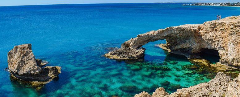 Архив. Неделя на Кипре 31 100 рублей, питание включено