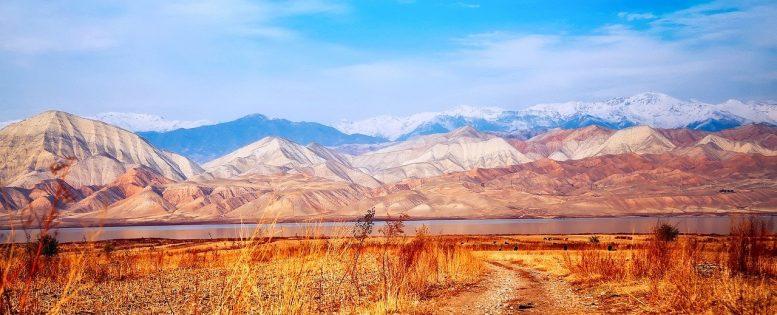 Из Москвы в Киргизию 6 900 рублей