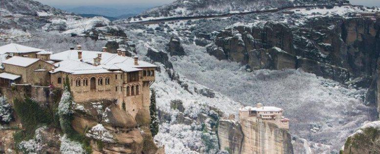 В Грецию на Новый год 8 300 рублей