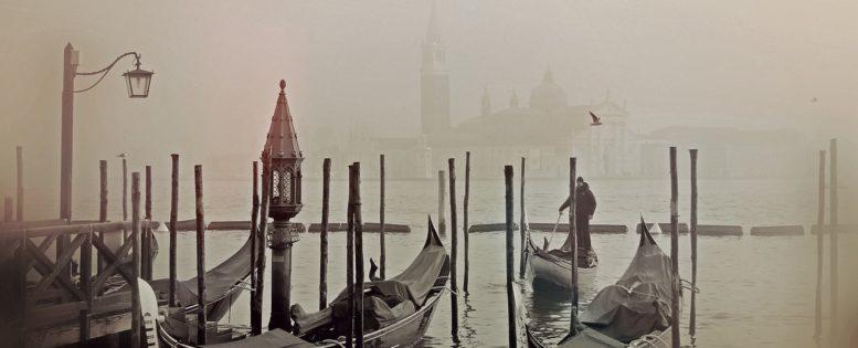 Архив. В Венецию на Новый год 12 600 рублей