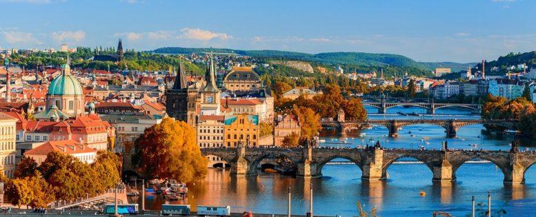 Из Петербурга в Прагу на праздники 11 500 рублей *АРХИВ*