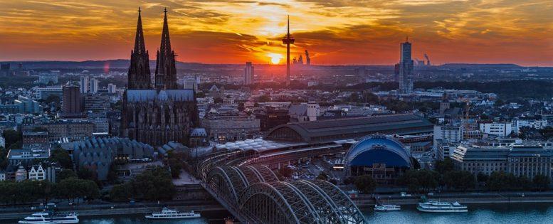 Из Петербурга в Германию на 8 марта 7 600 рублей *АРХИВ*