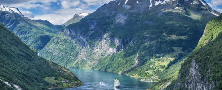 Норвежские фьорды летом: круиз от 40 200 рублей