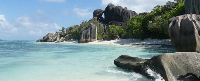 Мальдивы или Сейшелы от 36 300 рублей