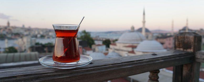 Архив. Из Москвы в Стамбул 6 200 рублей